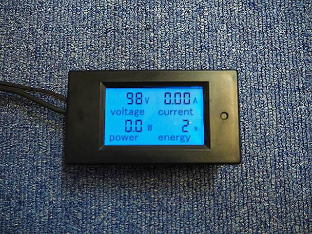 AC用デジタル電圧計&電流計&電力計(100A:AC80V〜260V)の写真です。