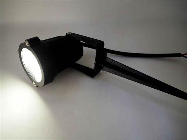 12V専用 3W 防水ガーデンLEDライト 300LM ※Warm Whiteの写真です。