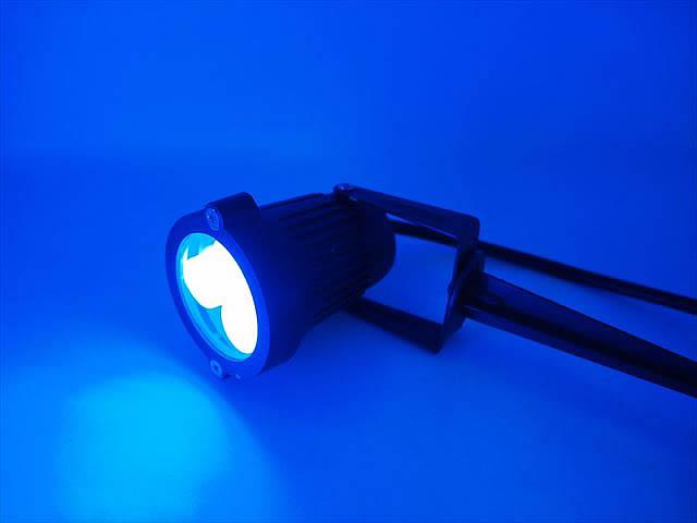 12V専用 3W 防水ガーデンLEDライト 300LM ※Blueの写真です。