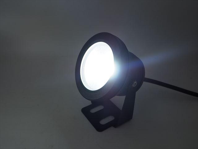 DC12V専用 10W 防水LEDライト(黒) ※Whiteの写真です。