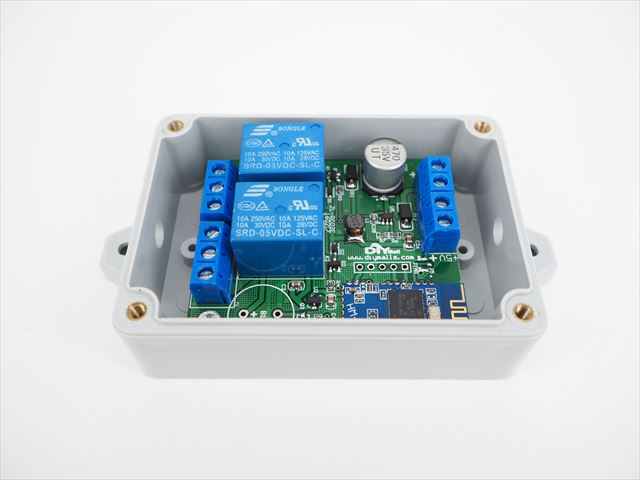 DC6V〜24V or DC5V用 Bluetooth 2Ch リレースイッチボックス  の写真です。
