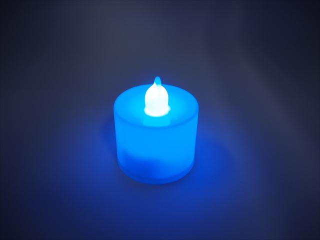 キャンドル型 デコレーションLEDライト ※Blueの写真です。