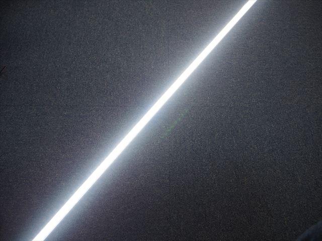 12V専用 36W LEDバーライト 100cm ※White(乳白カバー)の写真です。