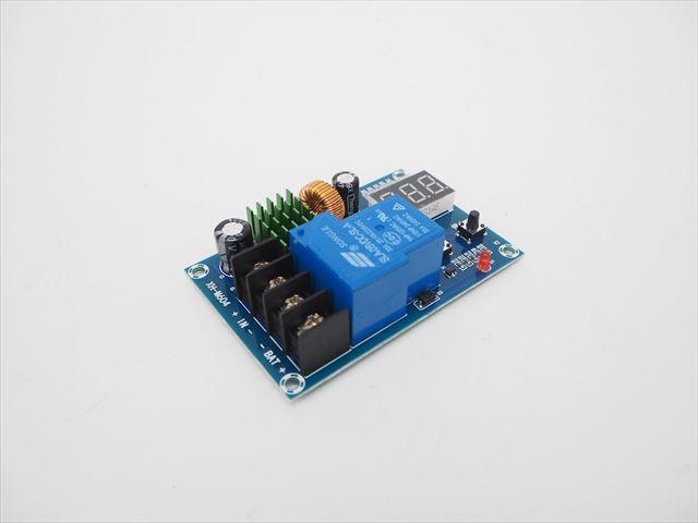 DC6V〜60V入力 バッテリー 充電コントロールモジュール XH-M604の写真です。