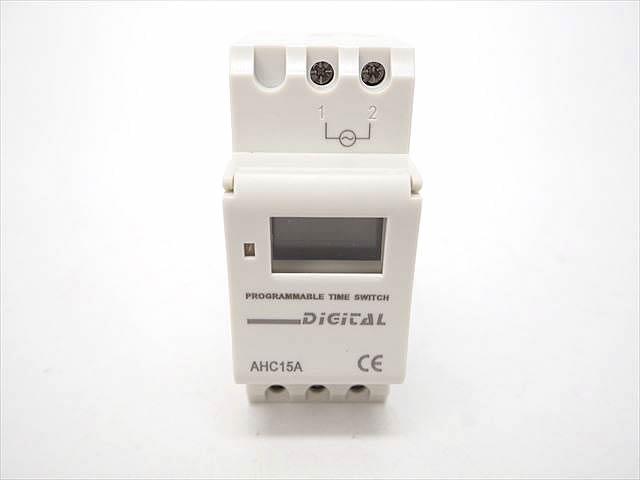 24V用 タイマーリレースイッチ AHC15Aの写真です。