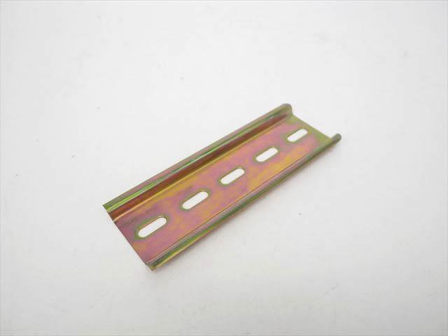 DINレール 10cm ※取付穴4×12mmの写真です。