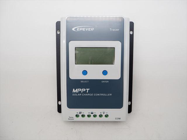 MPPTチャージコントローラー Tracer1210ANの写真です。