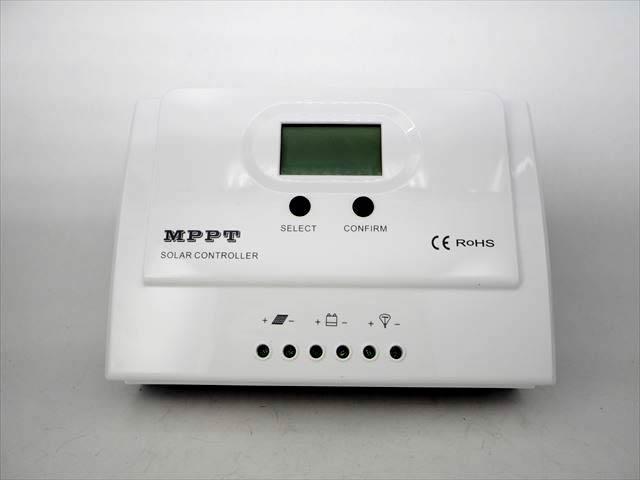 MPPTチャージコントローラー Wiser3 MPPT-30A(30A)の写真です。