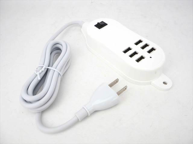 AC100V〜240V用 USB充電アダプター(5V:合計5A)※6口の写真です。