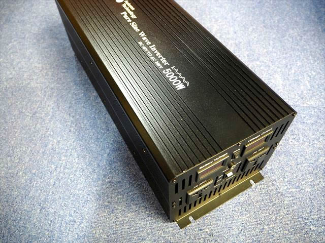 正弦波インバーター YB35000-48V(5,000W)※AC200V出力の写真です。
