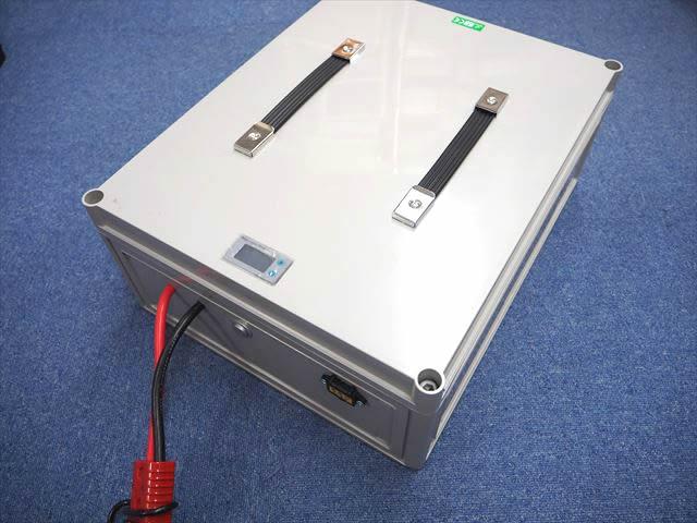リン酸鉄リチウムイオンバッテリーボックス 48V200Ah lifepo4 ※バッテリー充電器付