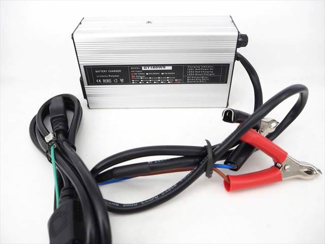 リン酸鉄リチウムイオン(Lifepo4)バッテリー充電器 GT180WS(10A) 14.6V ※バッテリークリップ付きの写真です。