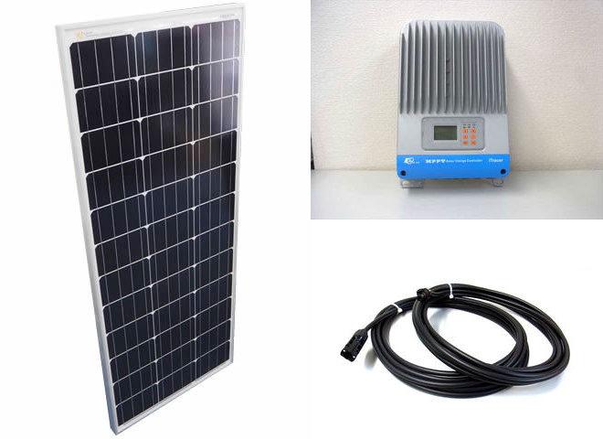 ソーラーパネル100W×3枚(300Wシステム)+iTracer IT4415NDの写真です。