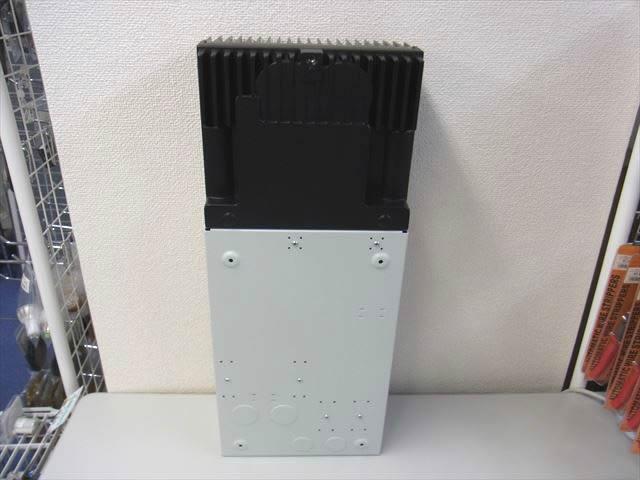 MPPTチャージコントローラー トライスター TS-MPPT-60-600V-48-DB+リモートメーター TS-M-2-600V(MORNINGSTAR:アメリカ製)  商品写真