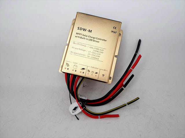 防水MPPTチャージコントローラー SDW-M10-40W(10A) ※LED Driverの写真です。