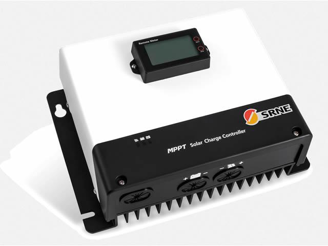 MPPTチャージコントローラー MC48100N25(100A)の写真です。