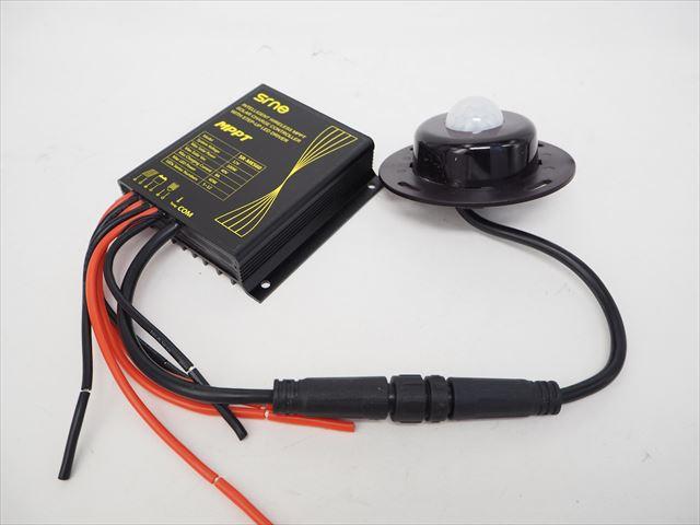 防水MPPTチャージコントローラー SR-MES60-IR(12V)※Lithium batteryの写真です。