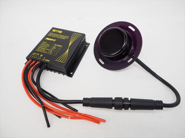 防水MPPTチャージコントローラー SR-MES60-WB(12V)※Lithium batteryの写真です。