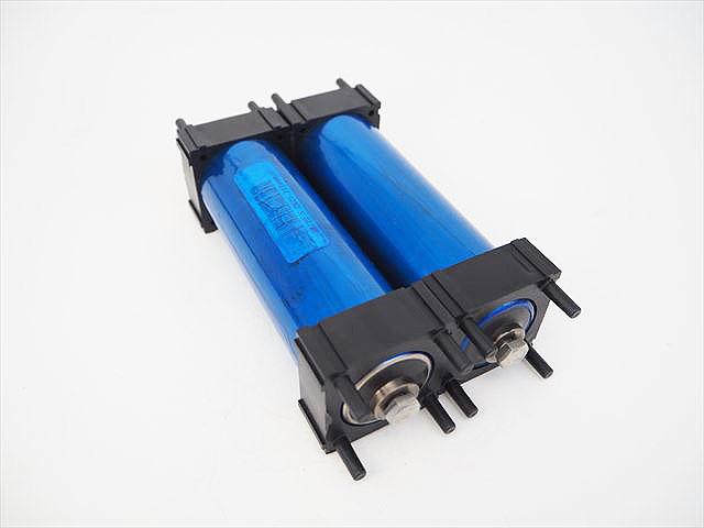 GTK リン酸鉄リチウムイオンバッテリー 38120 3.2V10Ah(lifepo4)2本セットの写真です。