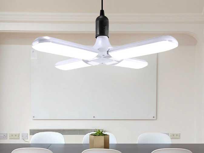 AC100V〜240V用 E27 オープンLEDライト 4灯(60W)※Warm White の写真です。