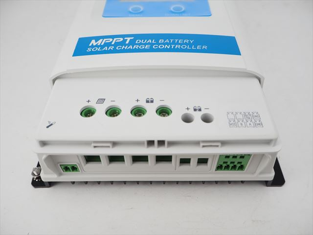 MPPTデュアルバッテリーチャージコントローラー DuoRacer DR3210N-DDS(30A)+リモートメーター MT11 商品写真
